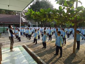 manfaat-senam-irama-bagi-tubuh-siswa